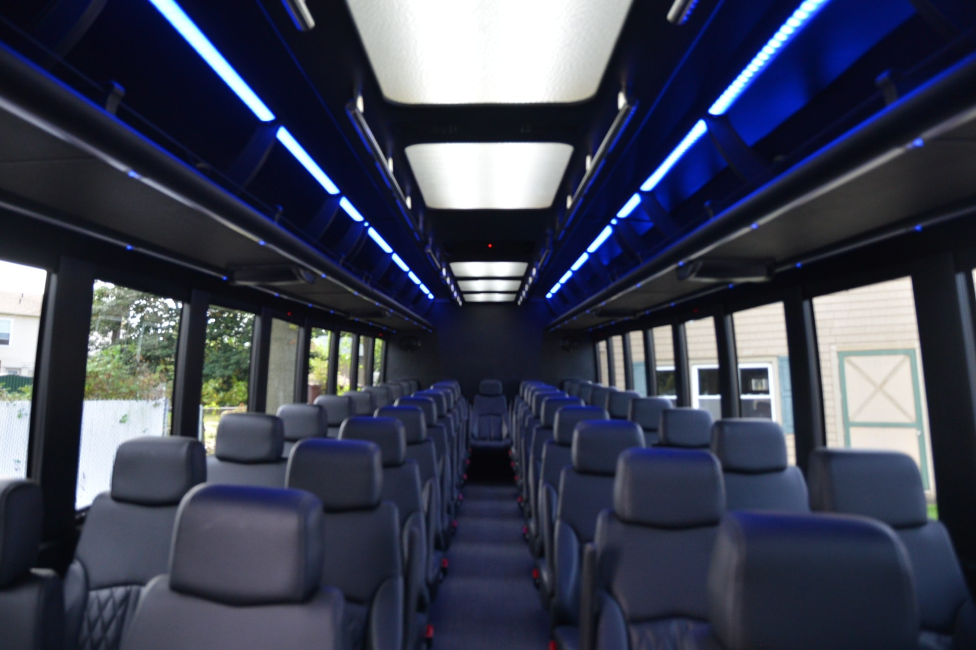 43 passengerexecutive party bus interior